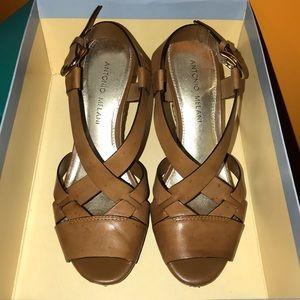Antonio Melani Daphney Wedge Sandal Size 7